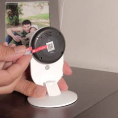 YI-Home-Camera-Micro-SD-Card-Installation