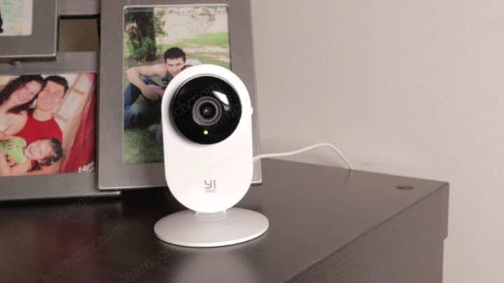 YI Home Camera Yellow LED