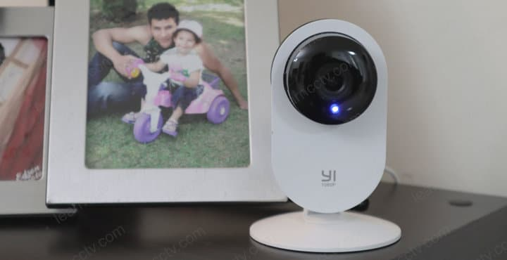 Yi Home Camera Solid Blue Light